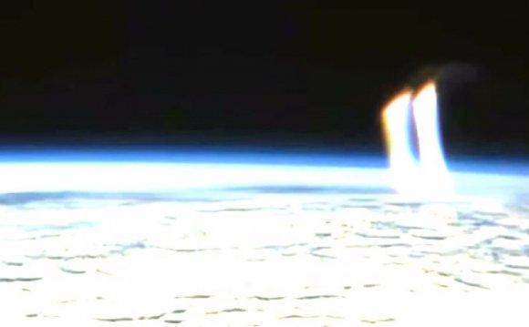 Nasa footage shows UFO