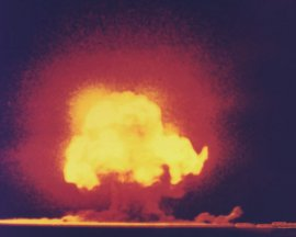 Alamogordo: first atomic bomb test, 1945 [Credit: Jack Aeby/Los Alamos National Laboratory]